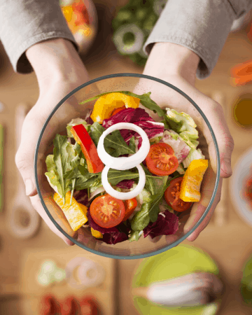 tips for doing whole30 on a budget and eating healthy new years resolution