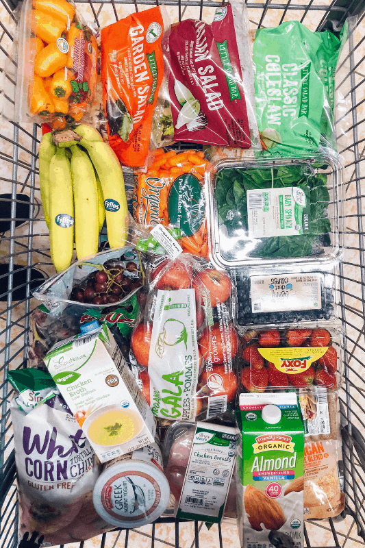 Looking to learn how to eat healthy and spend less? healthy Lifestyle Blogger Momma Fit lyndsey is sharing her February meal plan to help you keep your grocery budget in line