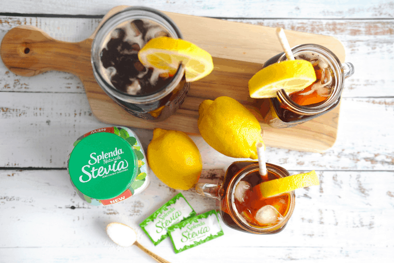Wondering how to make iced tea with stevia? healthy Lifestyle Blogger Momma Fit lyndsey is sharing her favorite way to make natural iced tea with stevia