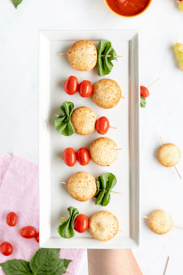 Looking for a easy make ahead after school snacks for kids? Healthy lifestyle blogger Momma Fit Lyndsey shares her favorite after school snack ideas