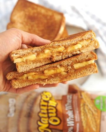 Looking for a filling breakfast ideas for kids?  These grilled peanut butter + banana sandwiches and apple cinnamon baked french toast are easy and simple.