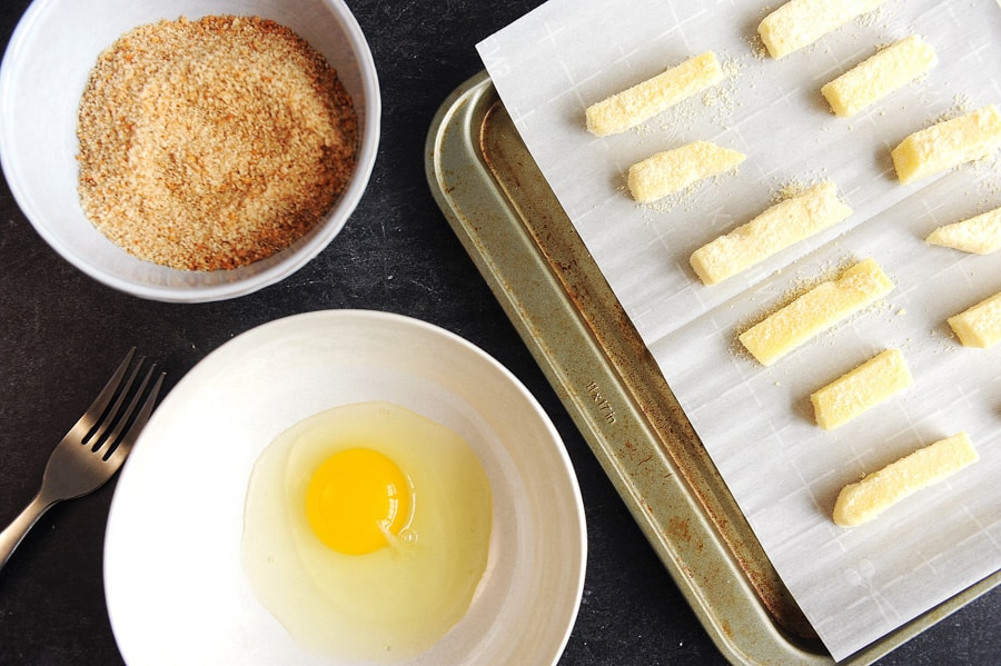 Keto cheese sticks are a low carb appetizer that is easy to make in the air fryer. Keto appetizer idea for the holidays that everyone will eat.