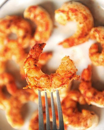 Healthy pescatarian recipes that are easy to make. Great ideas for pescatarian beginners on a budget