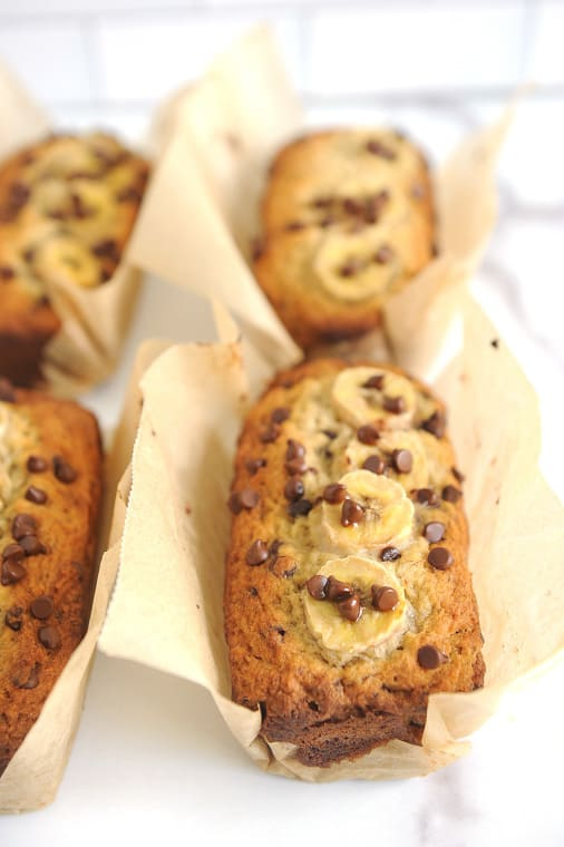 banana bread mini loaves with chocolate chips are easy to make and moist! Chocolate chip banana bread that is moist and gluten free is the best recipe for delicious banana bread in a mini loaf pan!