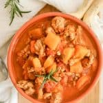 Whole30 pumpkin chili is easy to make with ground white turkey, pumpkin and fall herbs! This cozy whole30 chili with turkey is the perfect instant pot chili your family will love!